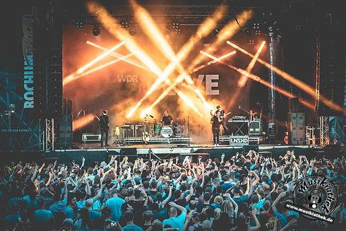MINT Live Soltuions_Stage LionsHead.jpg