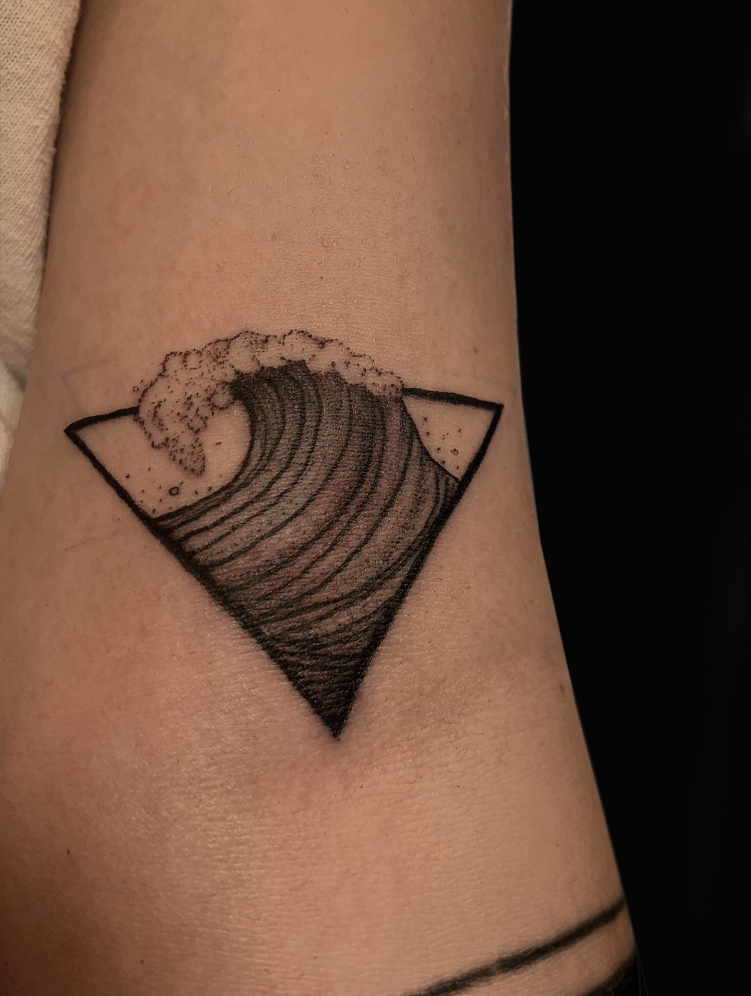 wavetattoo.jpg