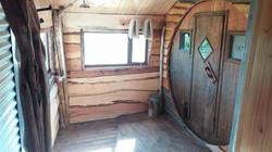 sauna, percheros y ducha