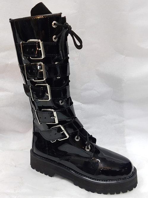 Botas góticas dark de piel charol y plataforma