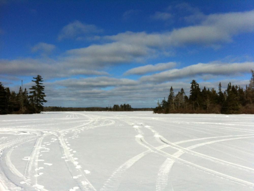Snow on the lake2