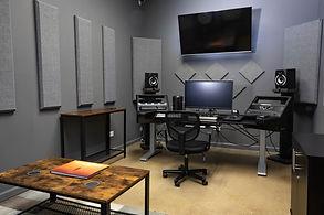 Indie+Co-Lab+Editing+Suite.jpg