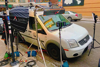 Lightmodrents.com 1-ton Grip Truck Chicago Rental