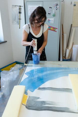 Farbanmischung Glasfarbe bei Firma Derix, Kevelaer