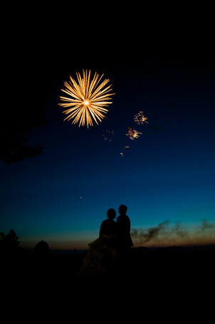 Best Toronto wedding photographers Little Blue Lemon captures bride groom and fireworks, Piper's Heath Golf Course