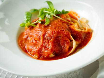 stuffed pasta with tomato sauce