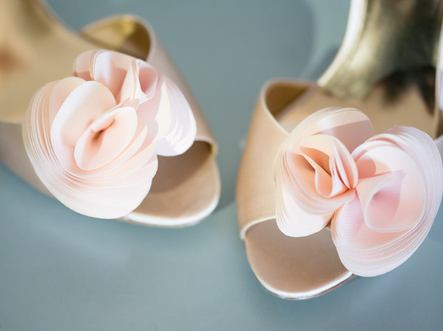 Top wedding photographers Toronto Little Blue Lemon captures light pink flower heels for a bride