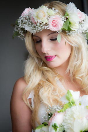 Best Toronto wedding photographers Little Blue Lemon captures Bride in flower crown, Casa Loma