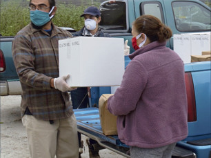 Nonprofit delivers aid to Coastside farmworkers