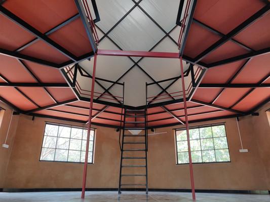 Mezzanine floor - metal frames web