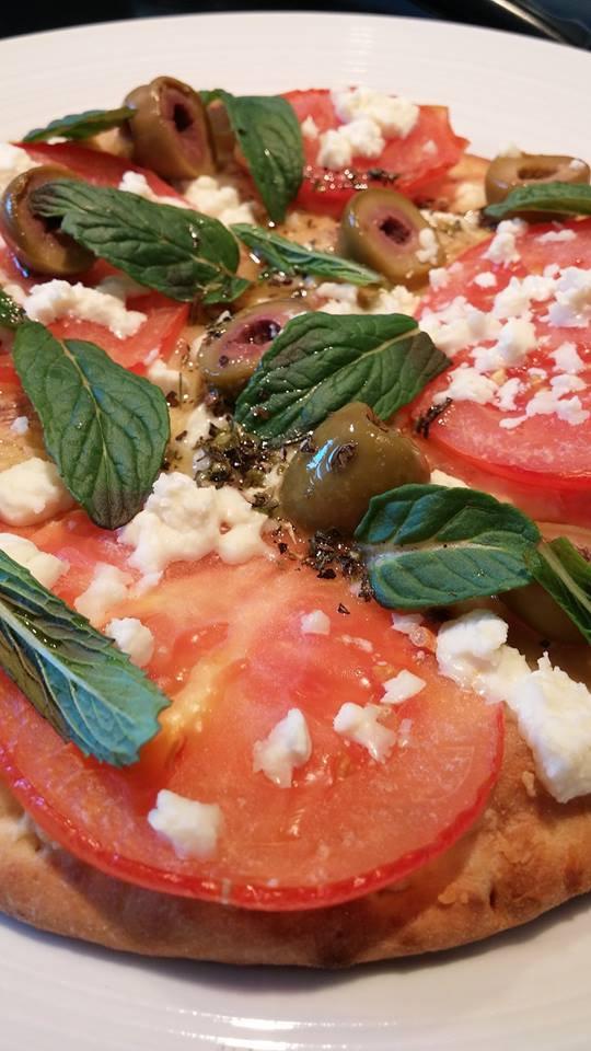 Pizza à l'hummus
