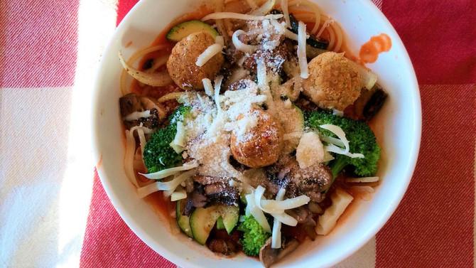 Spaghetti aux boulettes d'haricots blancs