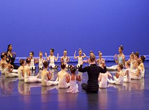 1.Ballet_de_6_A_8_Años_(Estudiantes_Ant