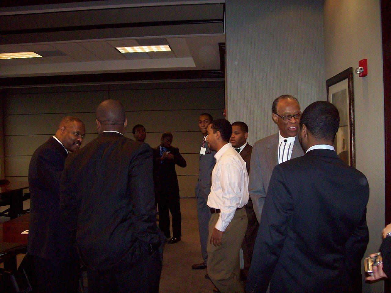 ISOA Prospective Member Meeting 2010 025.JPG