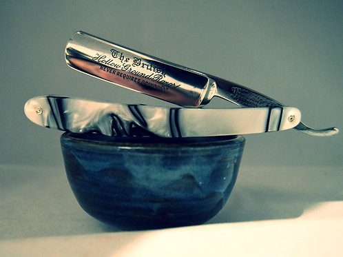 """FOX BROTHERS 5/8"" Straight razor in Kirinite"