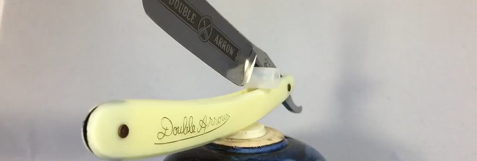 Double Arrow Straight Razor