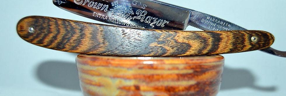 """""""Kings Crown straight razor in custom Zebra scales"""