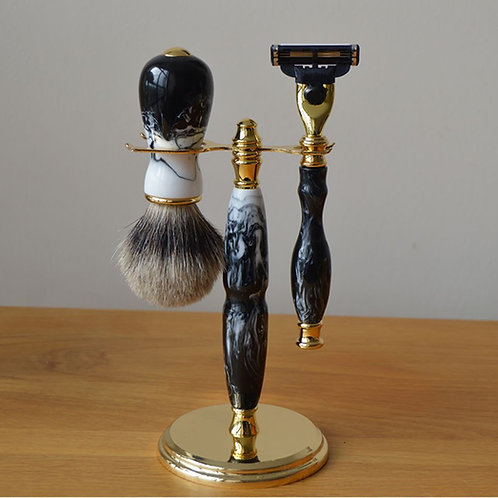 Guiness Mach 3 Razor Set with badger Brush & Stand