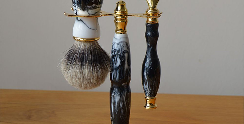 Guinness Mach 3 Razor Set with badger Brush & Stand