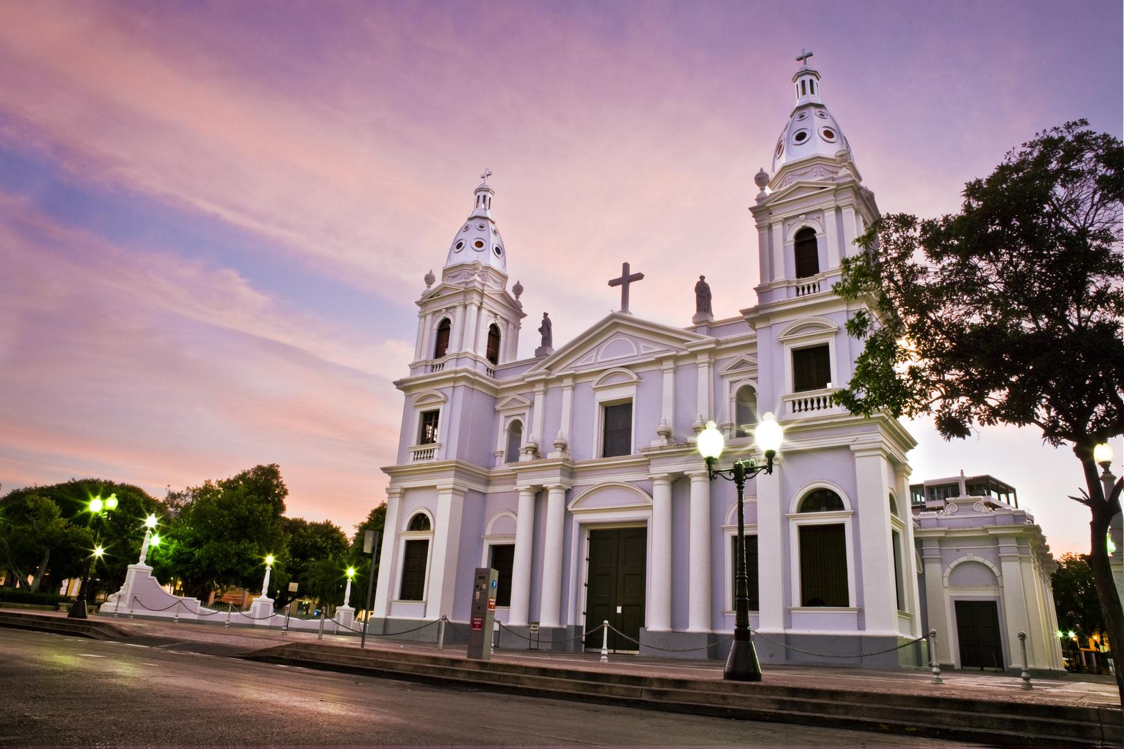 Catedral de Nuestra Señora de Guadal