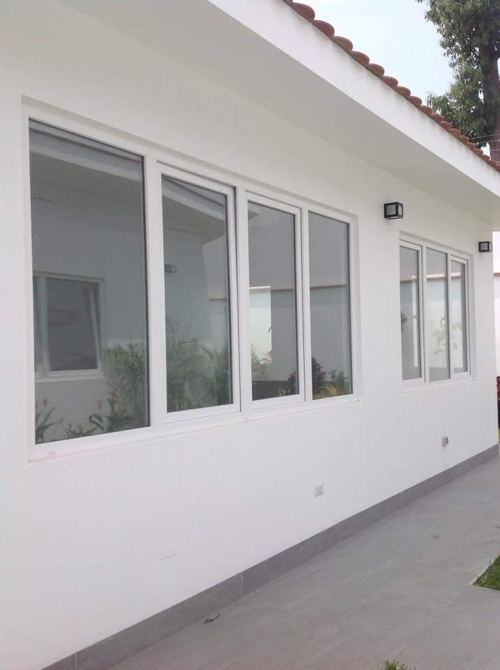VENTANAS BATIENTES DE PVC