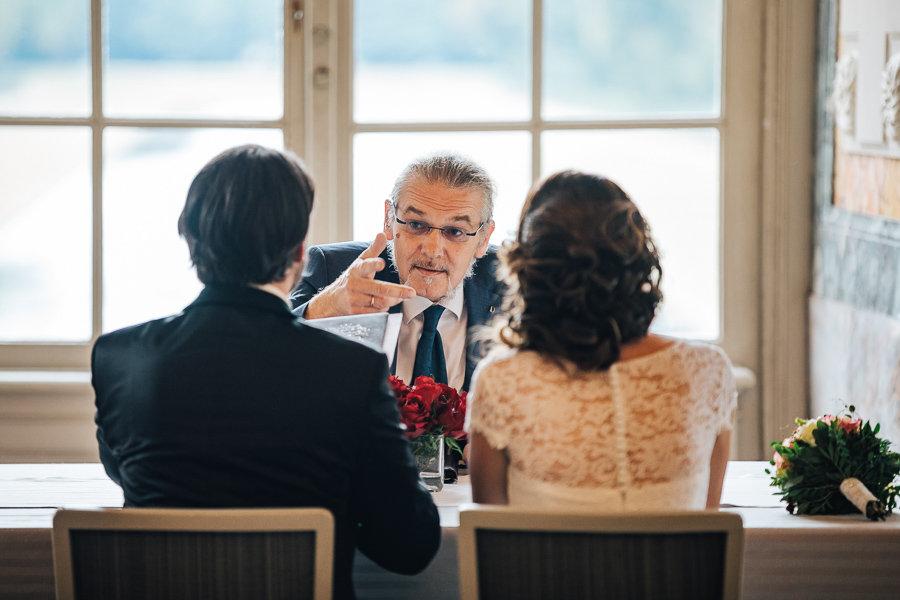 012_Wedding_Story_900px_Q85_014.jpg