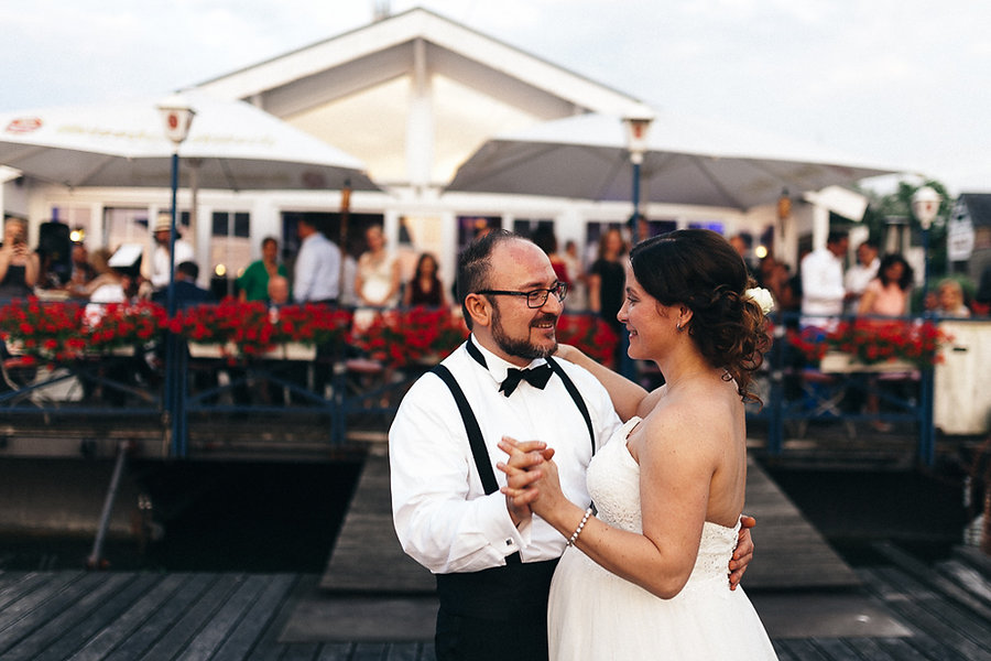 Hochzeitspaar beim Tanz