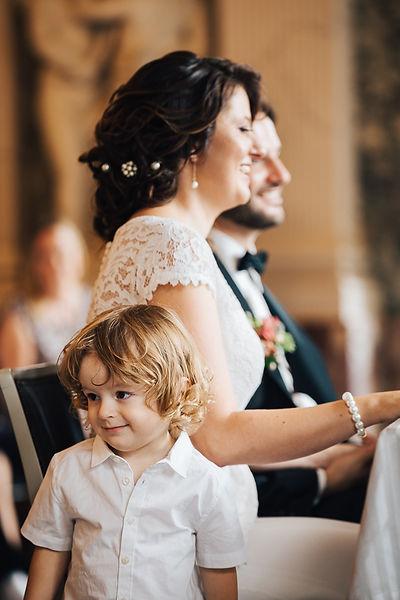 012_Wedding_Story_900px_Q85_018.jpg
