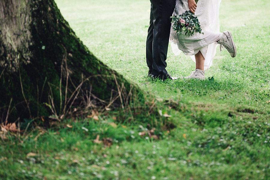 Chucks beim Brautpaarshooting
