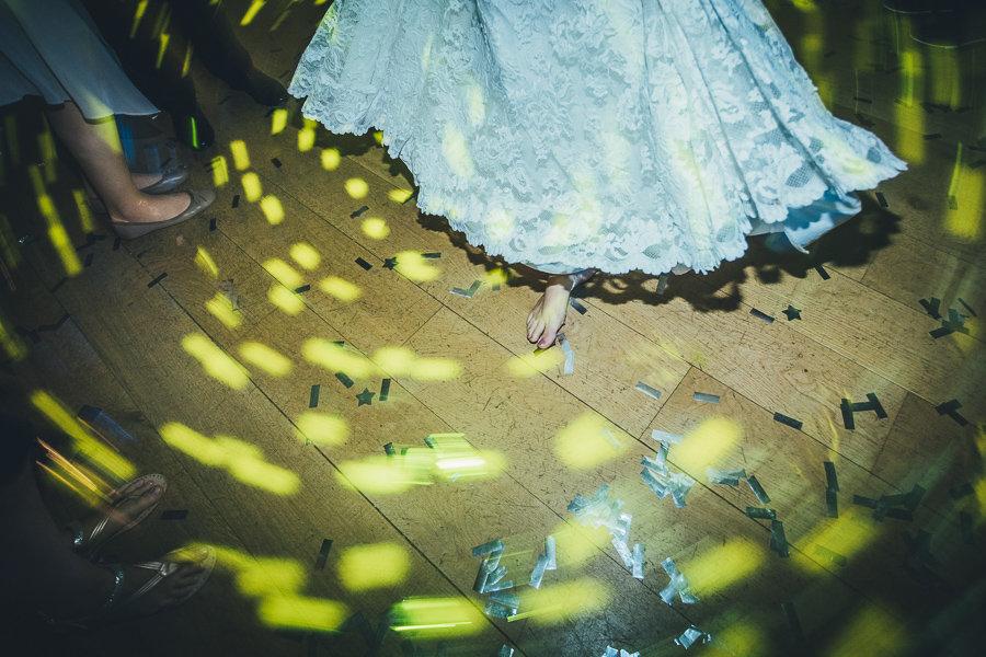 013_Wedding_Story_900px_Q85_049.jpg