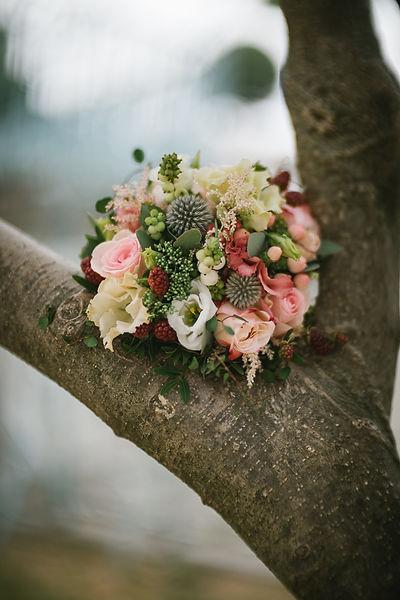 012_Wedding_Story_900px_Q85_032.jpg