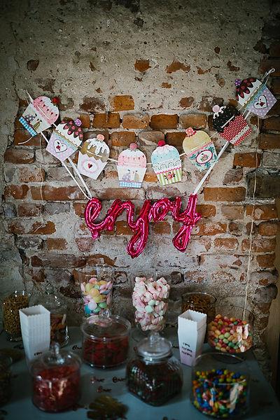 Eine Candybar auf der Hochzeit ist immer etwas feines