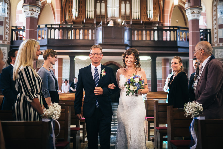 013_Wedding_Story_900px_Q85_023.jpg