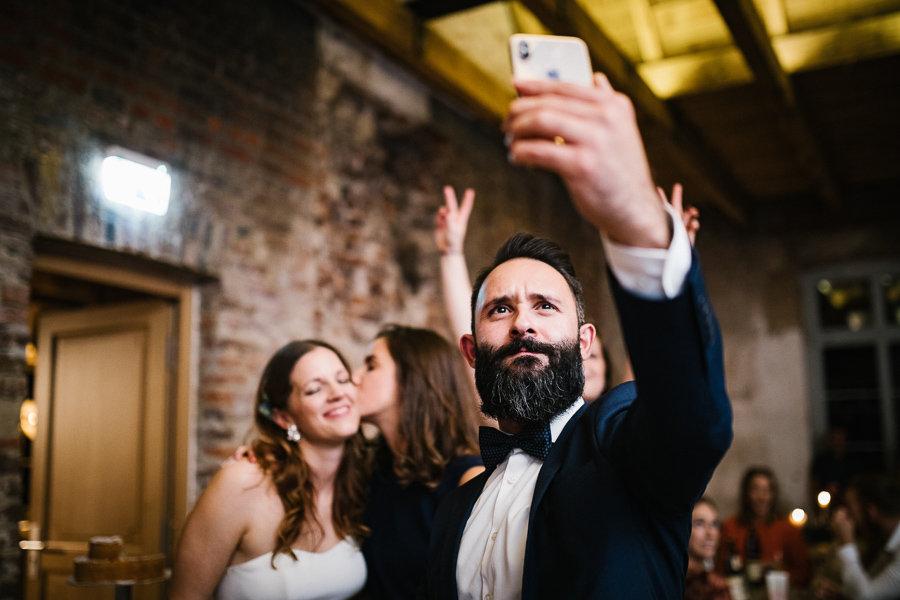 Selfie auf einer Hochzeit