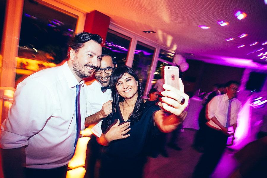 Selfie auf der Hochzeit