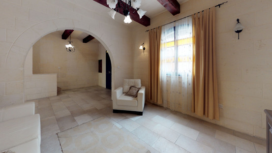 REMAX-HOUSE-for-Sale-In-Mgarr-Lobby(1).j