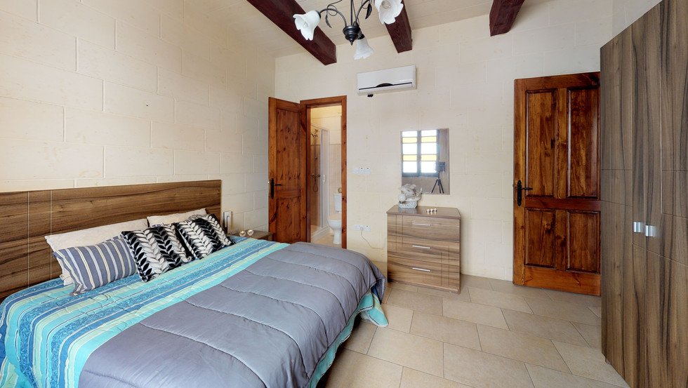 REMAX-HOUSE-for-Sale-In-Mgarr-Bedroom(3)