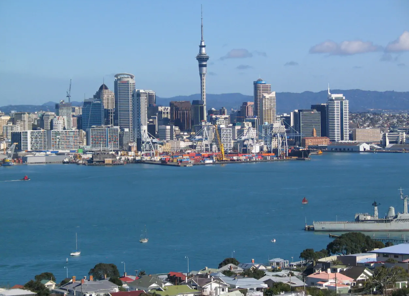 View of Auckland from Mt Victoria.png