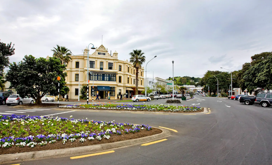 Devonport Village.png