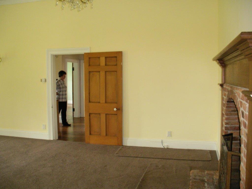 Drawing room towards hall