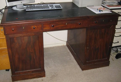 WILLIAM WILLIAMS DESK