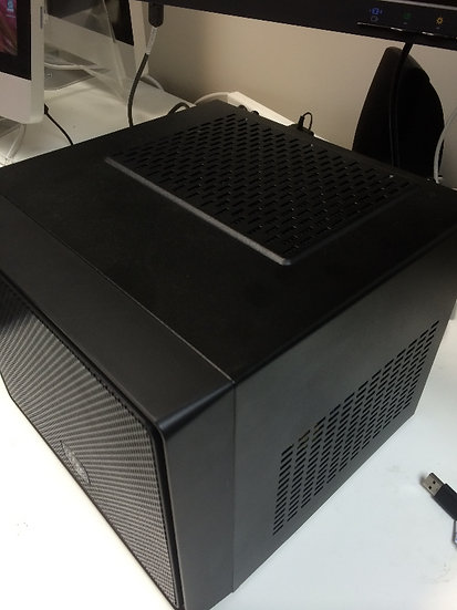 GEEK COOLERMASTER BLACK CUBE