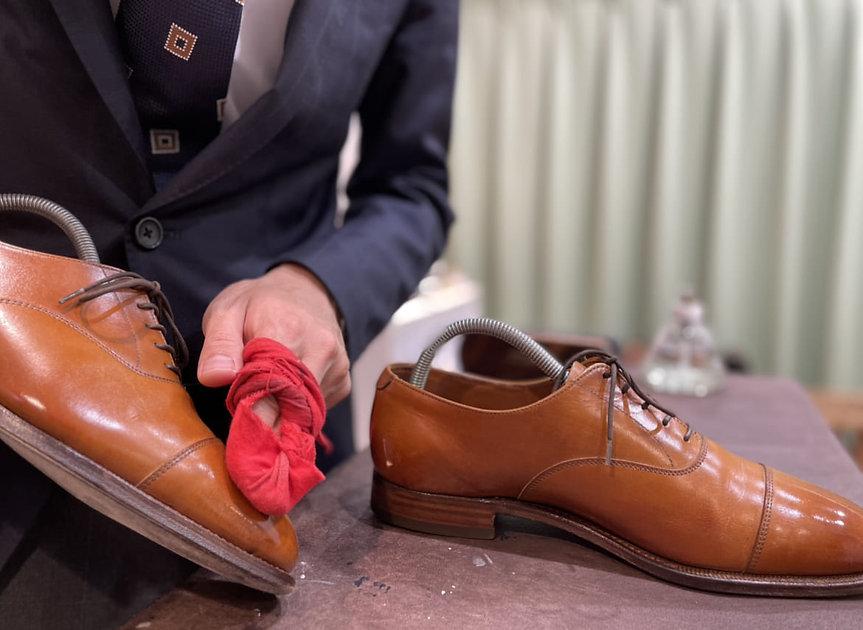 靴磨きshoeshine