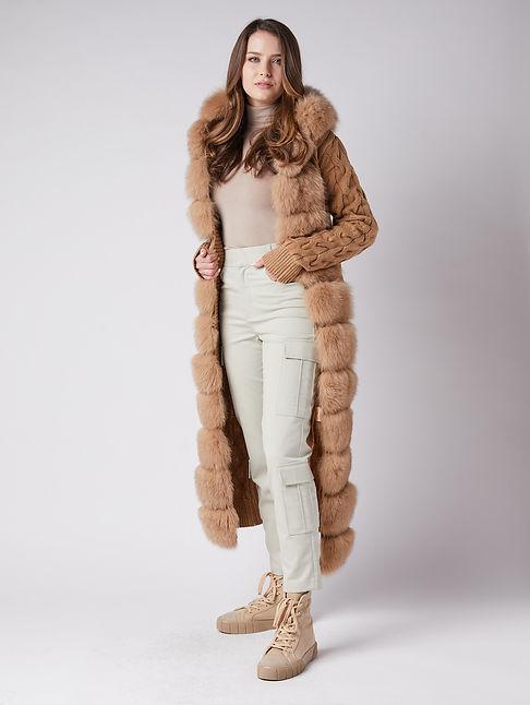 2021-03-12 - Mark Miller fur coats 27270