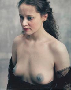 Bettina Reims, serie 'Héroïnes', 'Leatizia Venezia, Polaroid No 2, Février 2005, Paris'