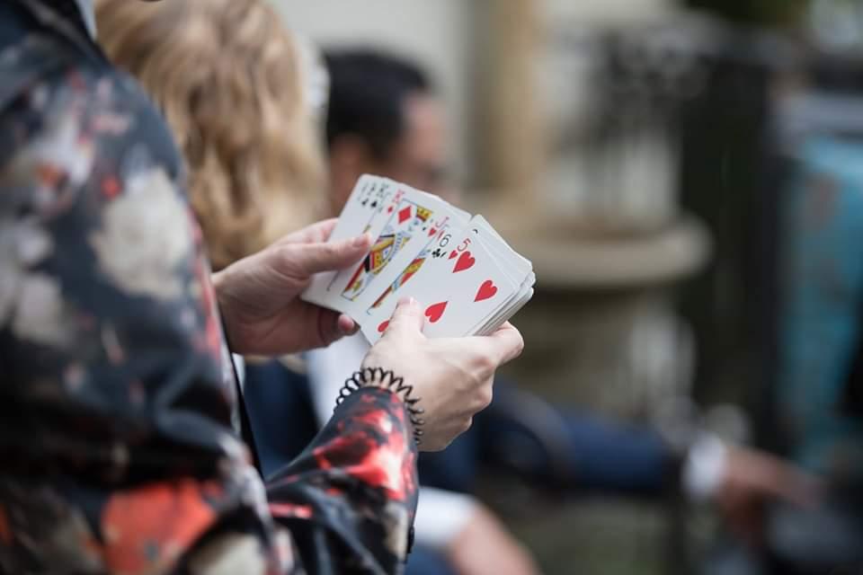 Lou illusionniste magicien Lyon