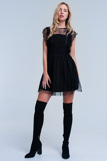 Womens Black Midi Dress With Lace, a crew neck a round hem and no sleeves