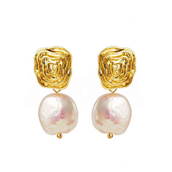 Women's Divine Baroque Pearl 14k Earrings