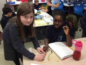 Miss Horwell: Experimenting with circuits!