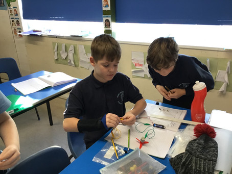 Mrs Brown's class - Investigating circuits...